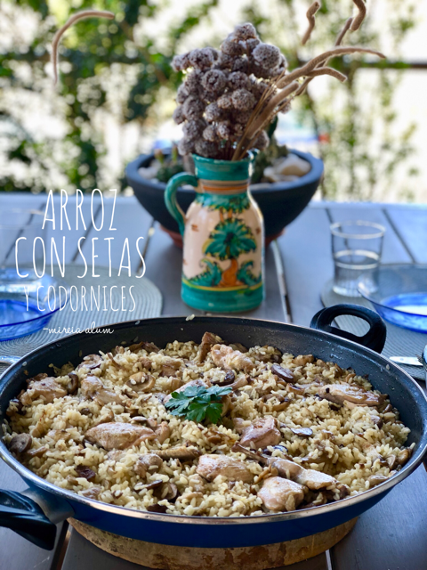 Paella with quails and mushrooms